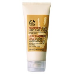 Body Shop - Almond Oil Daily Hand- & Nail Cream