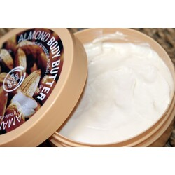 Body Shop - Body Butter Almond
