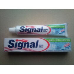 Signal Cavity Protection Active microCalcium + Flouride
