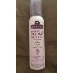 Aussie Miracle Styling Mousse Volumen +Pflege