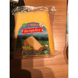 Alpenmark Berg Käse von Aldi - 2706791002558 | CODECHECK.INFO