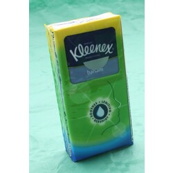Kleenex Balsam Display Taschentuecher 18 (120 ml)