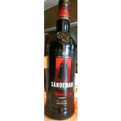 Sandeman Sherry Medium Dry España (1 x 75 cl)
