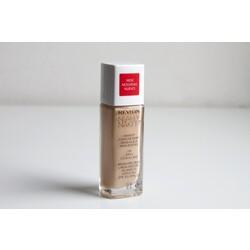 Revlon Nearly Naked: 120 Vanilla