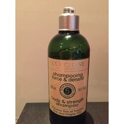 L'Occitane Body & Strength Shampoo