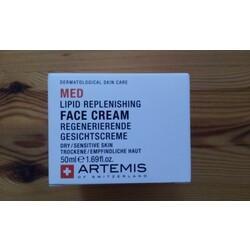 Regenerierende Gesichtscreme von Artemis