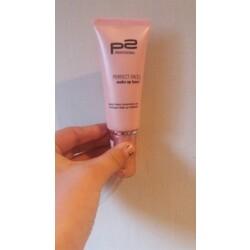 p2 perfect face make up base Rosa
