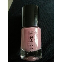 Catrice Think in dusky Pink