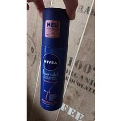 Nivea Haarmilch 7Plus Pflegesprühkur