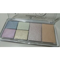 be kissed by the moon eye & face palette