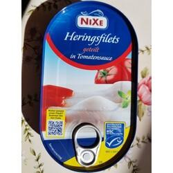 NIXE Heringsfilets geteilt in TomatenSauce