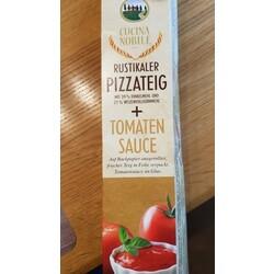 Rustikaler Pizzateig + Tomatensauce