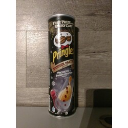 Pringles Dinner Party Edition Prosecco & Pink Peppercorn Flavour