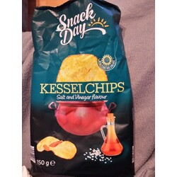 Snack Day Kesselchips Salt & Vinegar flavour