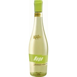 Käfer - Hugo weinhaltiger Cocktail Holunderblüte+Limette